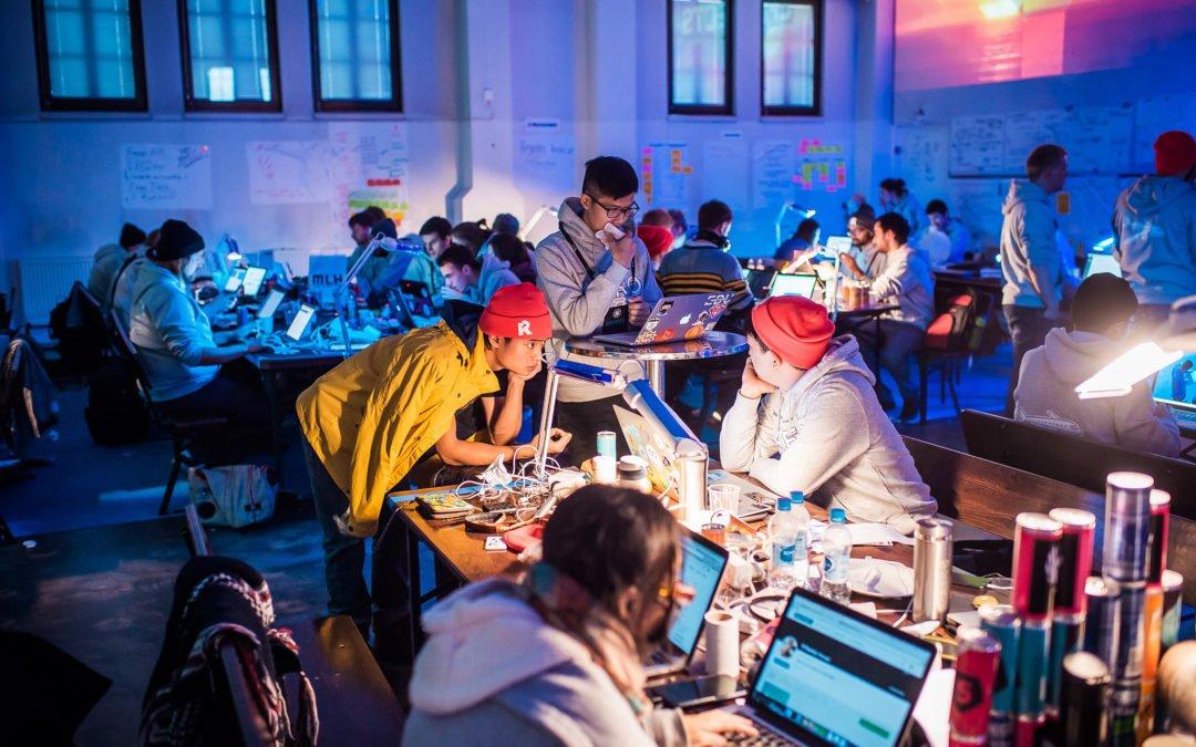Blockchain, peer to peer, logiciel libre, vive le renouveau d'Internet